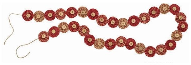 Red YoYo Christmas Garland