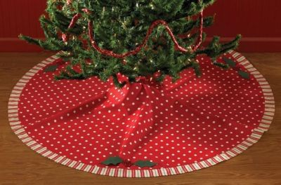 Holly Dots Christmas Tree Skirt