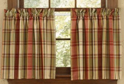 Heartfelt curtain tiers