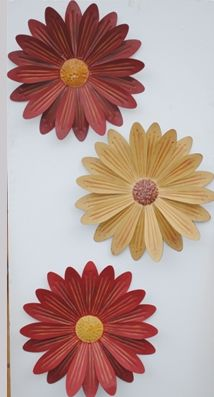 Large tin wall flower set