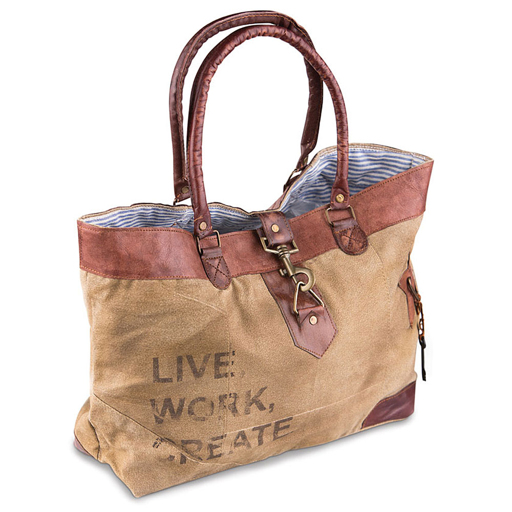 Country Home Decor: This just in! Canvas Handbags and Totes