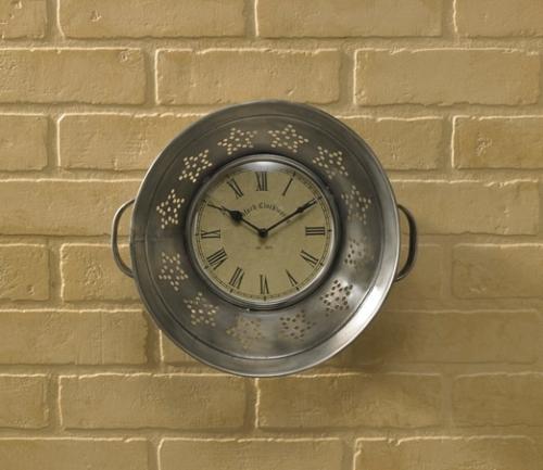 21-027-colander-wall-clock_lrg