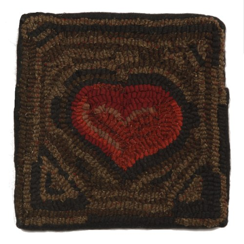 hsd-211026-primitive-heart-hooked-wool-pillow-10x10-lrg
