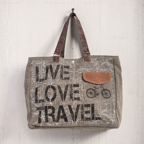 mon-3725-live-love-travel-weekender-bag-lrg