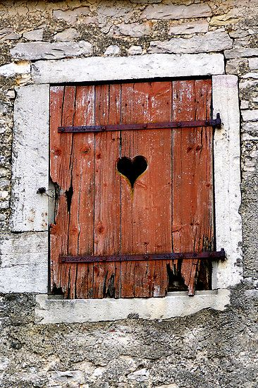 heart-shutters